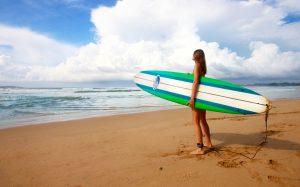 Heute gehören Frauen eigentlich selbstverständlich zur Surfszene.