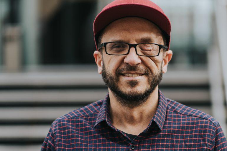 Johannes Mairhofer, Fotograf, mit dem Projekt speakabled.